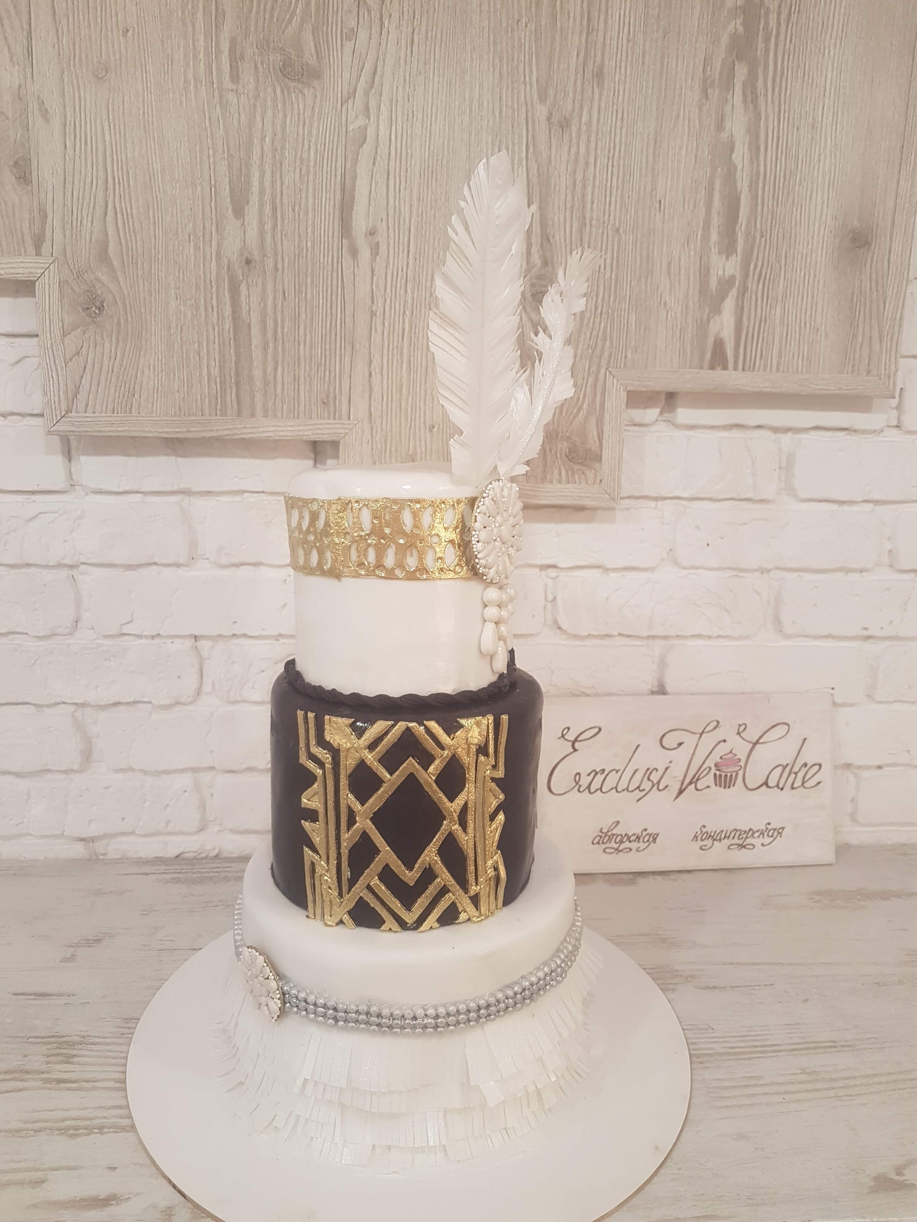 торт с пером