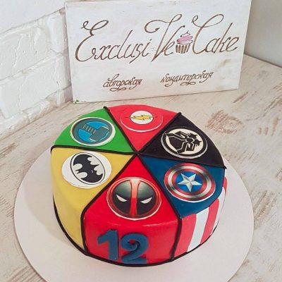 торт логотипы супергероев