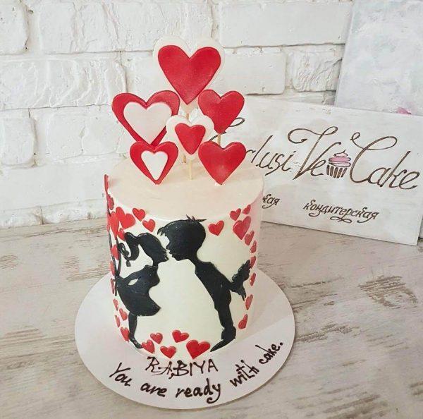 торт поцелуй двоих