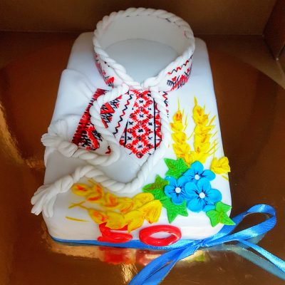 торт вишиванка
